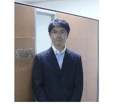 弁護士 渡辺知博の写真